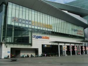 แหล่งรวมสินค้าหลากหลายเอาใจนักช้อปปิ้งในฮ่องกง