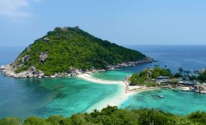 เกาะเต่าสถานที่ท่องเที่ยวยอดนิยมของไทยที่มีชื่อเสียง
