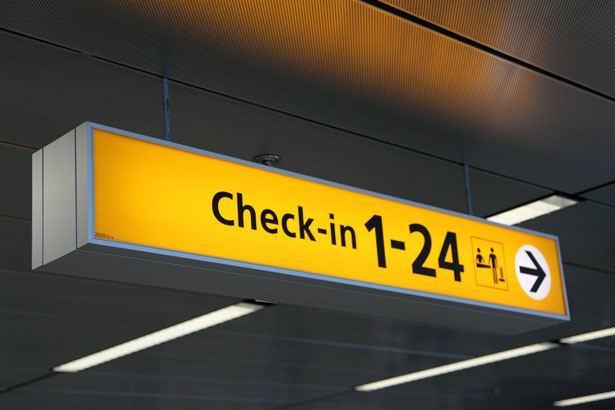 ข้อแนะนำและข้อควรปฎิบัติบนเครื่องบินและสนามบินที่ถูกต้อง
