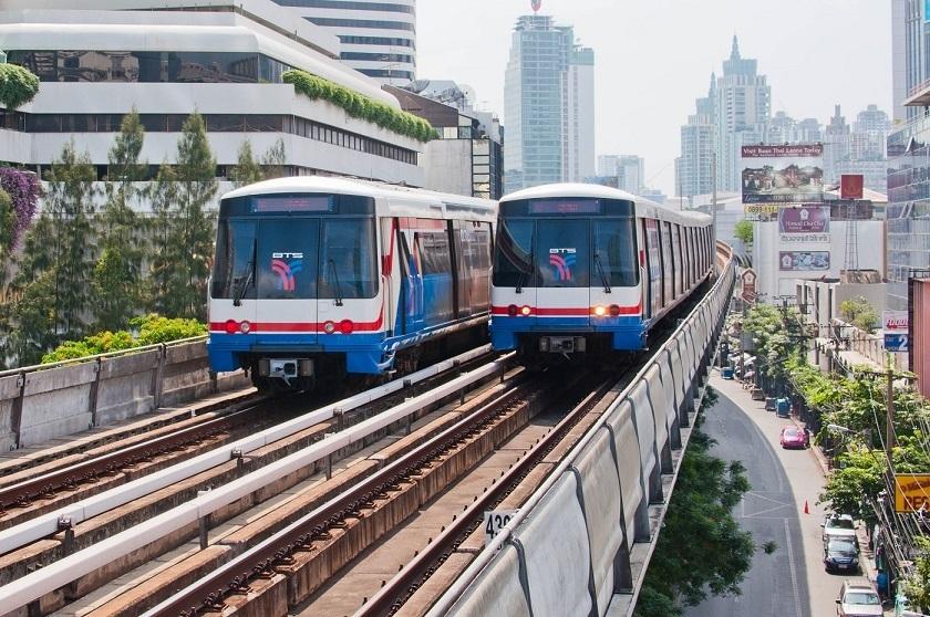 แนะนำการใช้รถไฟฟ้าบีทีเอสในกรุงเทพฯที่สะดวกรวดเร็วประหยัดเวลาในการเดินทาง