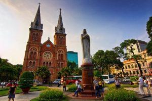 แหล่งท่องเที่ยวที่มีชื่อเสียงและเป็นที่นิยมของนักท่องเที่ยวในโฮจิมินห์ ห้ามพลาดเมื่อมาเวียดนาม
