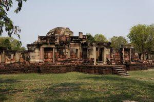 โบราณสถานที่มีชื่อเสียงในโคราช นครราชสีมา สถานที่ท่องเที่ยวที่นิยม
