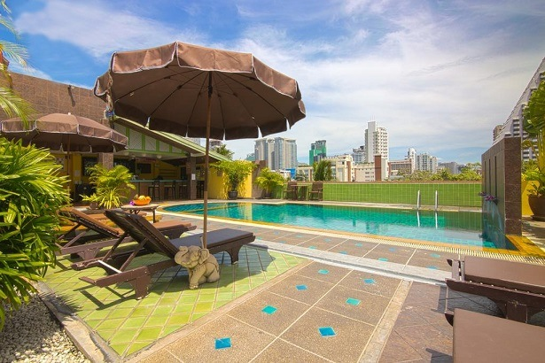 โรงแรมที่พักติดบีทีเอสราคาถูกในสุขุมวิทกรุงเทพฯ