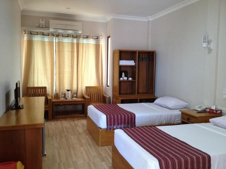 โรงแรมที่พักที่อยู่ใกล้กับทางไปพระธาตุอินทร์แขวน(พระธาตุไจทีโย)ประเทศพม่า