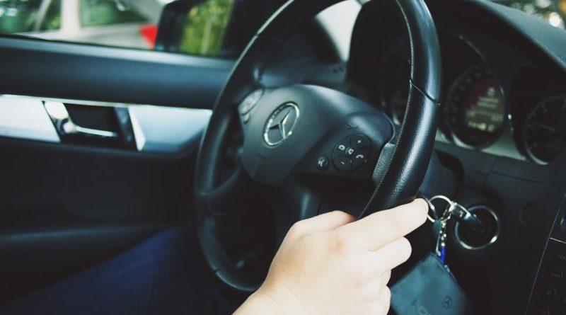 เช่ารถในโอมาน เช่ารถในมัสกัต เช่ารถราคาไม่แพง เช่ารถต่างประเทศ เช่ารถยนต์สำหรับครอบครัว แนะนำเว็บเช่ารถราคาไม่แพง บริการรถเช่าราคาดีที่สุดทั่วโลก